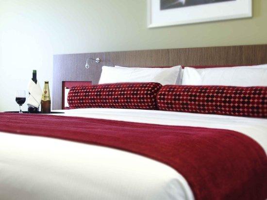 Mercure Sydney Liverpool: Guest room