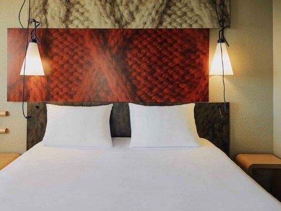 Ibis Dijon Centre Clemenceau: Guest room