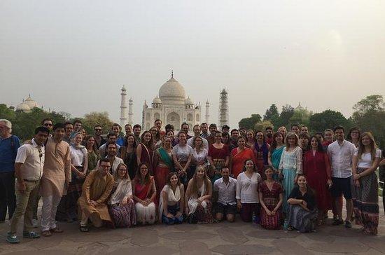 Delhi tour with Agra