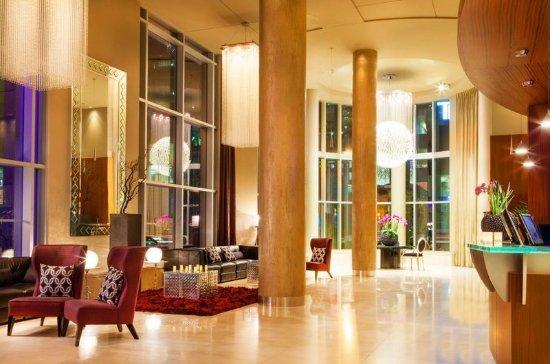 Hotel Le Crystal: Lobby