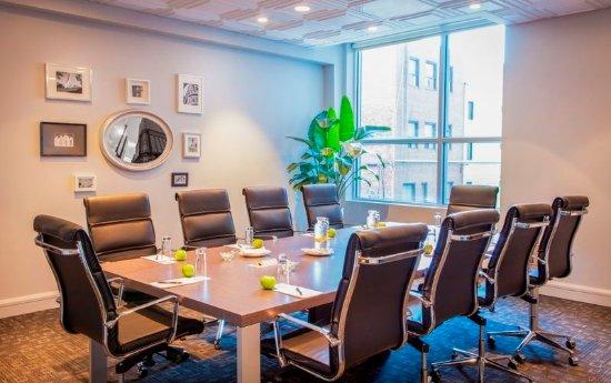 Hotel Le Crystal: Meeting room