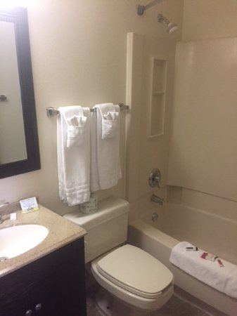 Days Inn Billings: Bathroom