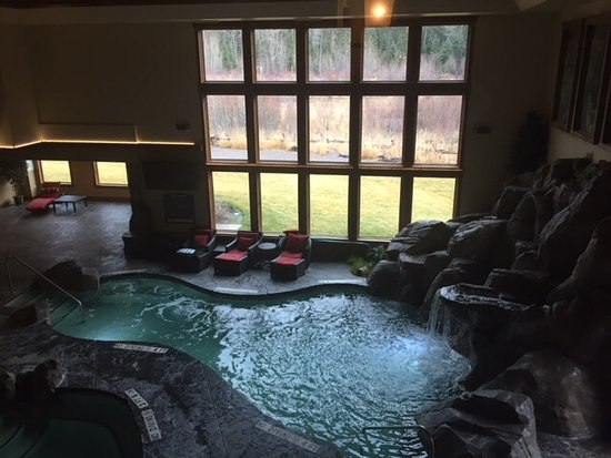 Lodge at Whitefish Lake: Pool