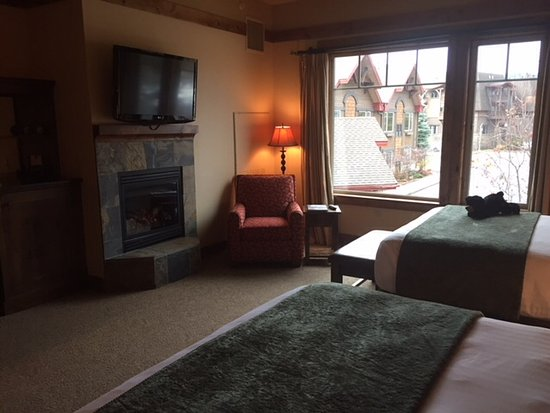 Lodge at Whitefish Lake: Room