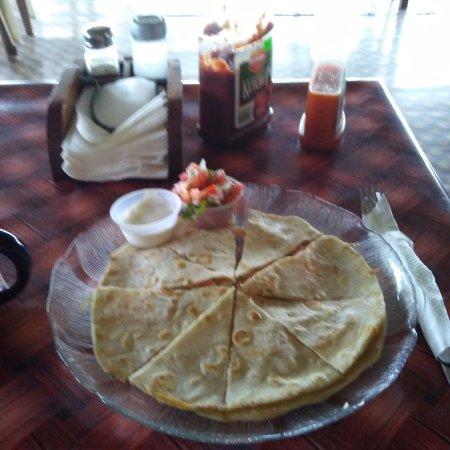 Corozal Town, Belize: Shrimp quesadilla