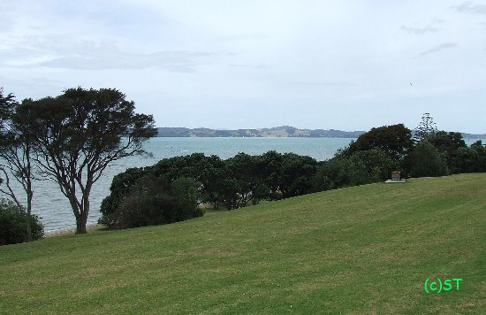 Maraetai Bay, New Zealand: Sea view to Waiheke