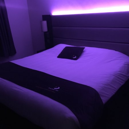 Premier Inn Wirral (Two Mills) Hotel: photo0.jpg