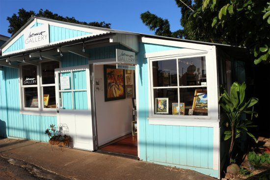 Front of the Gallery in the heart of Makawao town