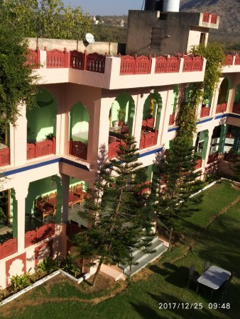 Hotel Pushkar Palace: View from their terrace