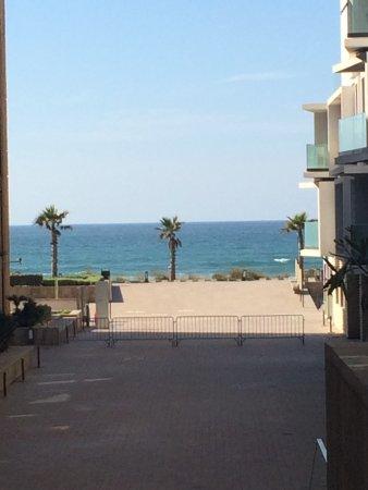 Casablanca, Marruecos: We are really 2 steps away from the ocean :)
