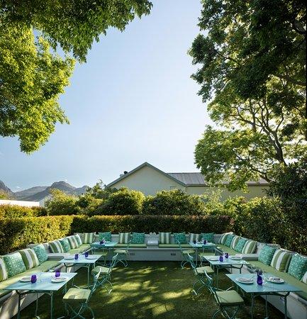 The garden room franschhoek restaurant reviews phone for Garden rooms reviews