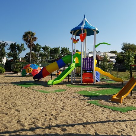 Residence Camping Atlantide: Parco giochi