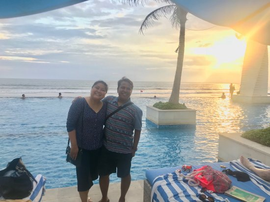 Vue Beach Club: Nyunset with best frend
