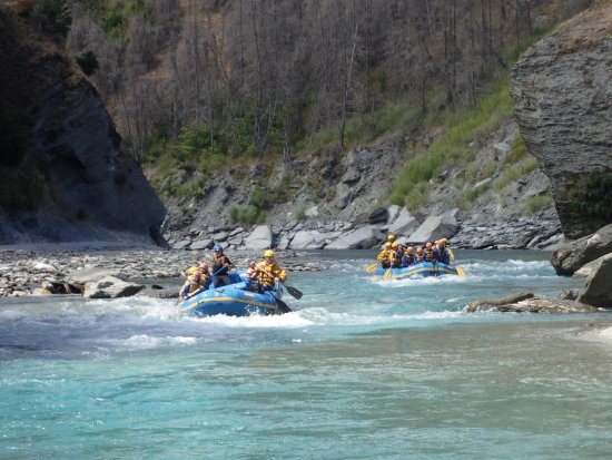 Family Adventures: shotover river