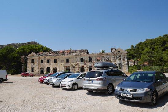 Vacated Grand Hotel Bild Von Beach Kupari Dubrovnik Tripadvisor