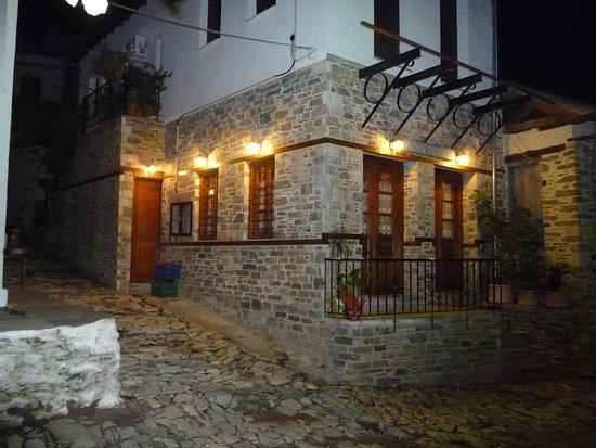 Agios Lavrentios 사진