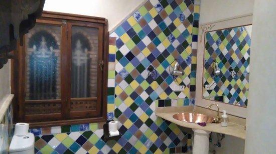 Hotel Riad Casa Hassan Restaurante: Lindas as casas de banho