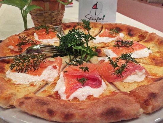 4 Stagioni - Pizzeria Le Rotonde di Garlasco: Le Pizze