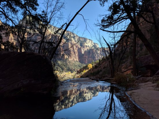 Four things we loved about the lodge & one we didn't - PLUS a few tips on exploring the nearby Zion National Park
