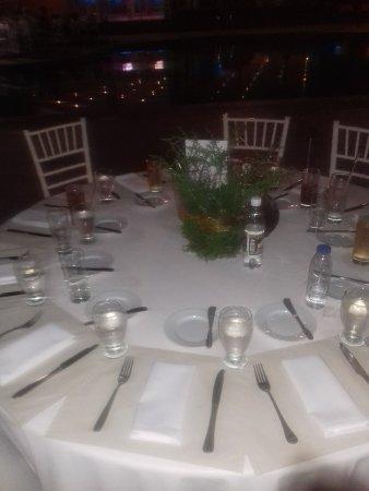 Venezuela Marriott Hotel Playa Grande: Cena alrededor de la piscina
