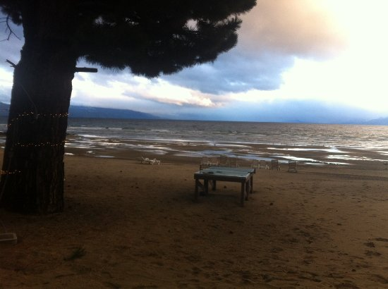 Tahoe Vista, CA: Storm moving in