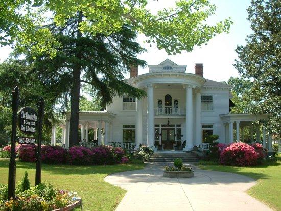 Bennettsville, SC: Breeden Inn (Main House). The Inn encompasses four 19th century houses.