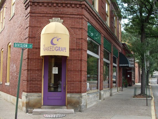 Sewickley, PA: Exterior - Closed