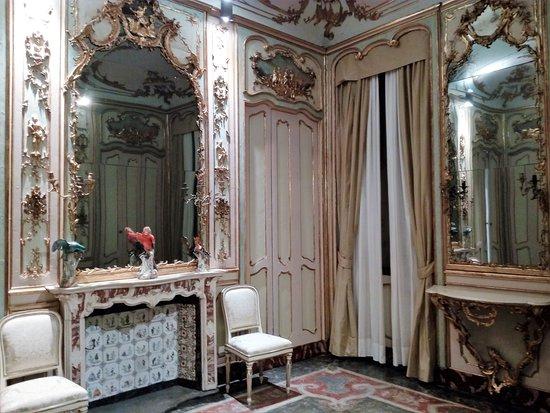 Palazzo morando milan all you need to know before you for Palazzo morando