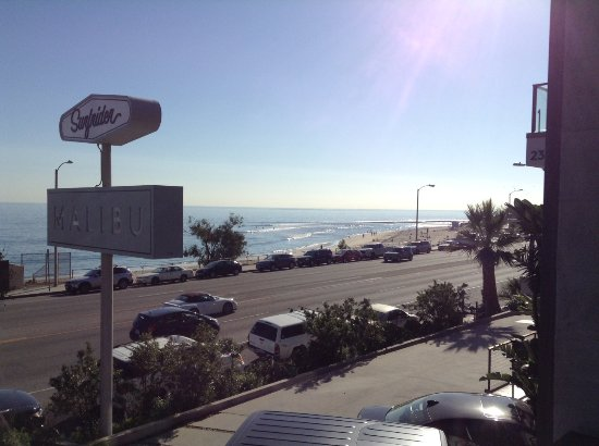 The Surfrider Malibu: Looking up the coast across at the famous Surfrider Beach