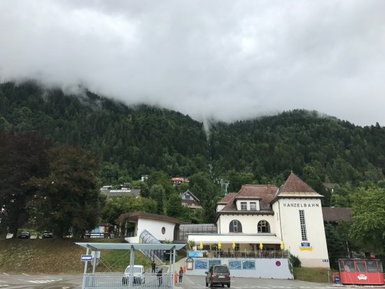 Sattendorf, Austria: Base station