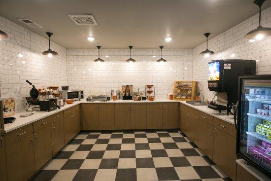 GrandStay Hotel & Suites Cannon Falls: GrandStart Breakfast