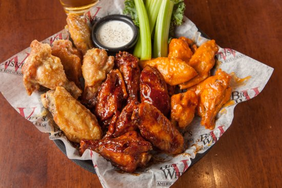 Republic, MO: Wings