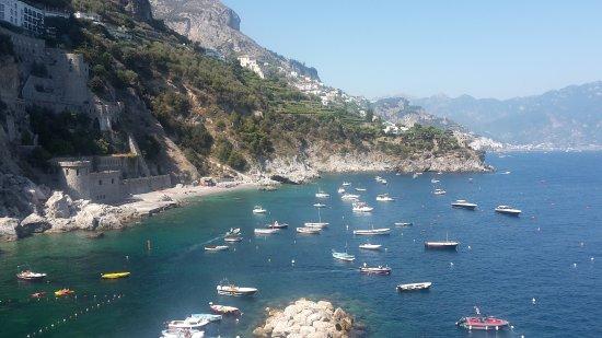 vista desde el balcón - Picture of Hotel Le Terrazze, Conca dei ...