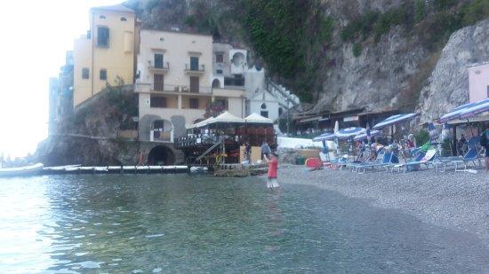 playita cercana al hotel - Picture of Hotel Le Terrazze, Conca dei ...