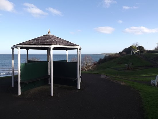 Larne, UK: Some gazebos in the Town Park