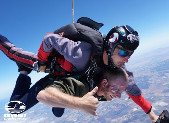 Marina, Californien: Skydive Monterey Bay | The Ultimate Video Package