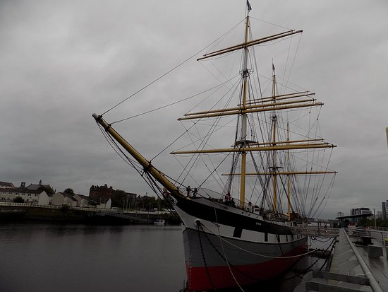The Tall Ship at Riverside: Front view.