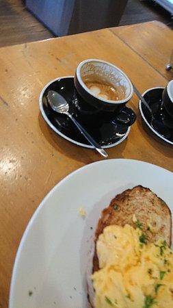 Run 76 Cafe : DSC_0288_large.jpg