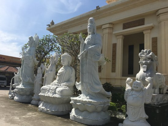 Tien Hieu Marble Handicraft Sculptures