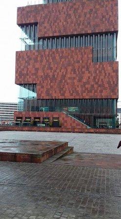 MAS - Museum aan de Stroom: FB_IMG_1515548437584_large.jpg