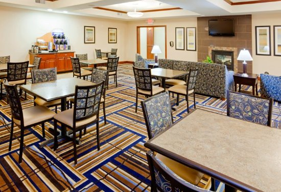 Holiday Inn Express Hotel Suites Mount Airy South