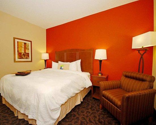 hampton inn zanesville updated 2018 prices hotel. Black Bedroom Furniture Sets. Home Design Ideas
