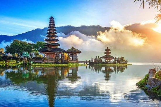 Ubud culture Ulun Danu Bratan Lake...