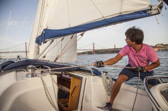 Full-day private sailboat experience