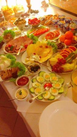Hotel Pugetow: Breakfast