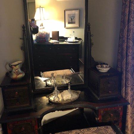 The Sayre Mansion Inn: photo8.jpg