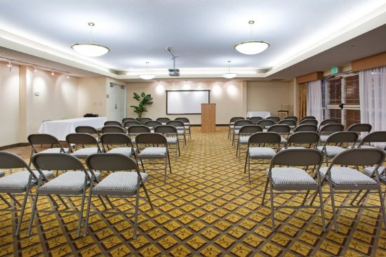 Candlewood Suites Meridian Business Center: Meeting room