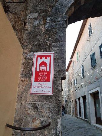 Montemerano, Italy: 20180101_165050_large.jpg