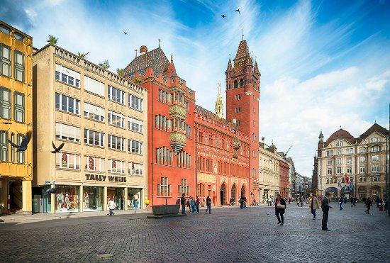 Altstadt-Spaziergange durch Basel