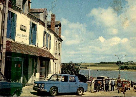 """Penestin, Frankrike: C'était le café """"chez Annick"""" à la fin des années 60."""